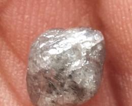 NATURAL WHITE GREY DIAMOND ROUGH,1.80CARAT-1PCS,CRYSTAL