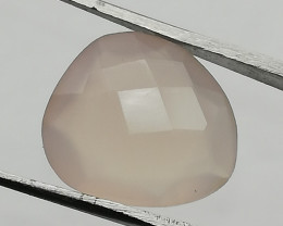 Rose quartz, 4.95ct, pretty stone with a lot of character!