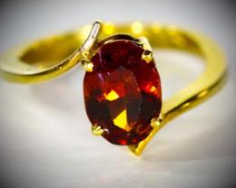 Malaya Garnet 2.64ct Solid 18K Yellow Gold Ring