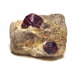 Stunning Damage free Lovely Garnet specimen with Mica 123Cts-Afghan