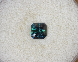 1,40ct Colour shift Teal to  Green Sapphire - Master cut!