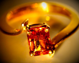 Imperial Garnet 1.65ct Solid 18K Yellow Gold Ring