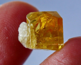 NR!!!! 8.00 CTs Natural - Unheated Yellow Beryl Heliodor Crystal