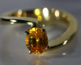Mandarin Spessartine 1.62ct Solid 18K Yellow Gold Ring
