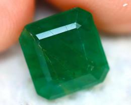 Emerald 2.73Ct Natural Zambia Green Emerald D0213/A38