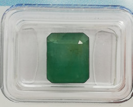 Emerald, 4.48ct, IGI certified and sealed, very nice colour, perfect cut, m