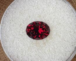 4,10 Red wine coloured Almandine Garnet - Master cut!
