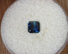 1,72ct dark blue to light blue colour shift Sapphire - Master cut!