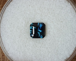 0,96ct dark blue to light blue colour shift Sapphire - Master cut!