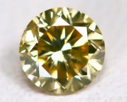 Greenish Yellow Diamond 0.13Ct Natural Untreated Fancy Diamond AB4571