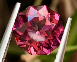 1.68ct Red Tourmaline with fine cutting  Gemstone
