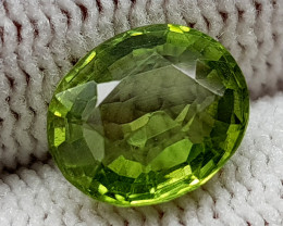2CT PERIDOT BEST QUALITY GEMSTONE IIGC59