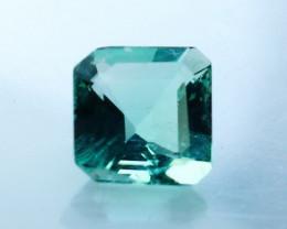 0.90 Cts Natural - Unheated Green Fluorite Gemstone