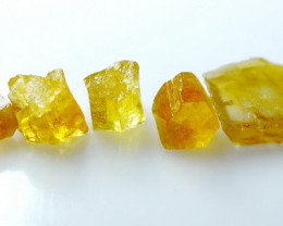 21.05Ct Natural - Unheated  Yellow  Heliodor Rough Lot