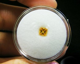 SQUARE FANCY CUT  YELLOW COLOUR SAPPHIRE  0.40CARAT  TW 903