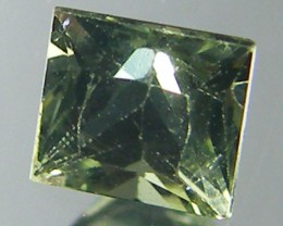 SQUARE FANCY CUT  GREEN COLOUR SAPPHIRE  0.40CARAT  TW 912