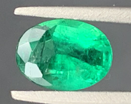 0.80 cts Super Top Quality  Emerald Gemstone