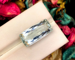 12.75 Carats Natural Aquamarine Gemstone