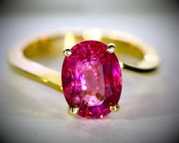 Rubellite 2.72ct Solid 18K Yellow Gold Ring