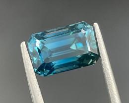 3.36 CT Zircon Gemstones Top Colour with fine cutting