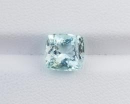 Stunning 2.30 CTS Aquamarine Flawless Piece