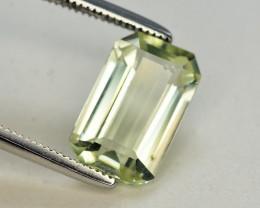 Top Quailty2.40 Carat Natural Green Beryl Gemstone