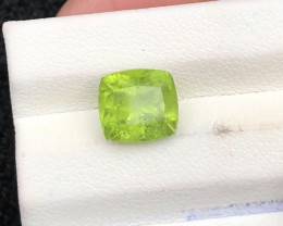 3.05 ct Green Peridot  Ring Size Attractive color