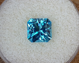 5,45ct Swiss blue Topaz - Master cut!