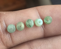Natural Emerald Drilled Beaded Gemstone Parcel of 5 Beads VA2560