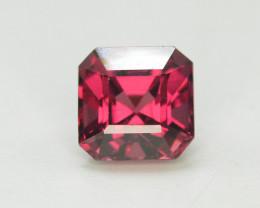 1.65 Ct Brilliant Color Natural Garnet