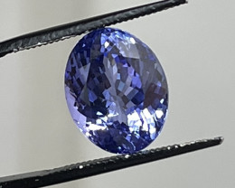 8.60 ct Tanzanite - Loupe Clean - Oval w/ Blue-violet Color!