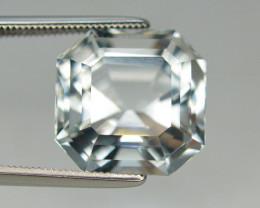 9.95 Carat Natural Aquamarine Gemstone