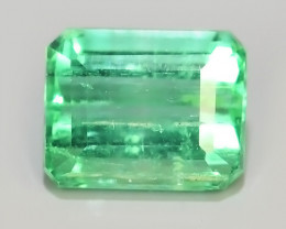 ~STUNNING SUPER GREEN COLOUR 100% NATURAL EMERALD COLOMBIA~