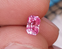 UNHEATED CERTIFIED 1.07 CTS RARE TOP QUALITY PADPARADSCHA SAPPHIRE MADAGASC
