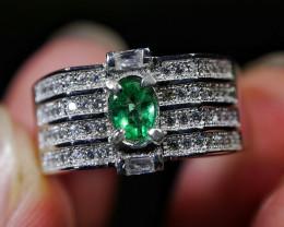 23.10 CT Beautiful Emerald Ring Jewelry