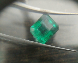 IGI Certified 5.40ct Quality  Zambian Emerald , 100% Natural Gemstone