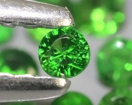 ~EXCELLENT NATURAL ELECTRIC GREEN TSAVORITE GARNET~