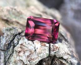 Rubellite in classic emerald cut - 4.24 carats