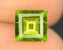 Exquisit Color 1.30 ct  Peridot ~ Burma  ~ K