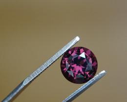 VVS+ 2.05ct Spinel CERT !!! - Redish Purple -