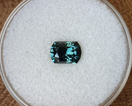 1,20ct teal to grass green colour change Sapphire - Master cut