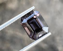 3.88 CT Spinel Gemstones