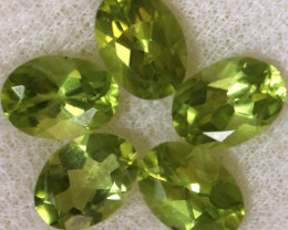 4.09 CTS PERIDOT  GEMS PARCEL [STS2135]
