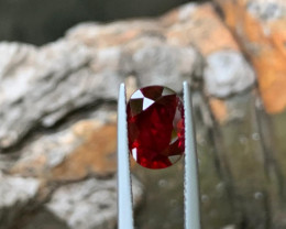 2.04 ct Ruby Mozambique certified GIL