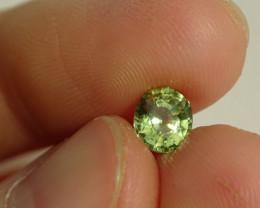 Saphire - Bi-color green-yellow - 1.29ct Cert