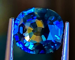 1.55 ct Bi Colors Sapphire With Excellent Luster Gemstone