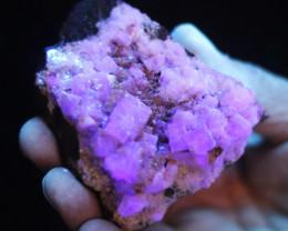 Fluorescent Minerals calcite cubes Brazil  MM 96