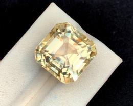 32.80 Carats Natural Yellow Color Kunzite Gemstone