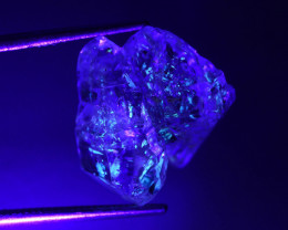 7.95  Ct Natural  Quartz with Petroleum~Golden Enhydros