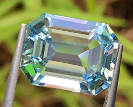 5.85 cat Blue Aquamarine With Excellent Luster and Fine Cutting gemsstone